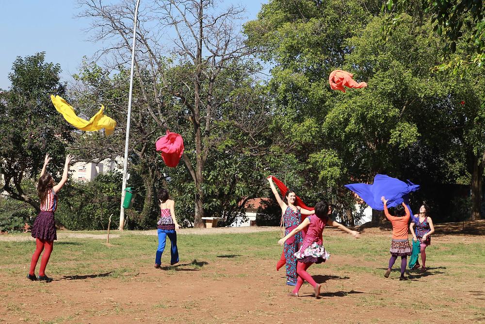 Circo, narração de histórias e mediação de brincadeiras estão entre as atrações. (Foto: Divulgação)