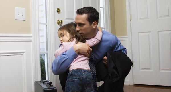 Crianças com idades de até seis anos apresentam comumente medo do abandono.