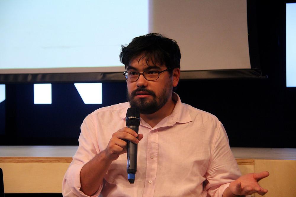 """Encontro no Sesc Sorocaba será mediado por Paulo Miyada, curador da exposição """"Contando Ovelhas Elétricas"""". (Foto: VideoBrasil)"""