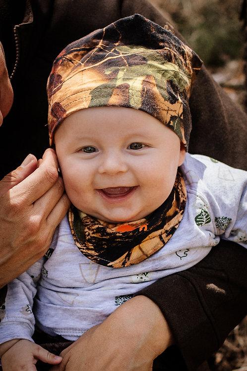Babymütze und Halstuch