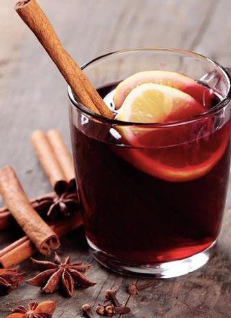 Cranes Liqueur - Mulled Cocktail