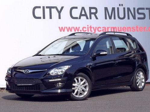 Hyundai i30 CW blue 1.6 Comfort