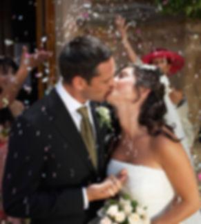 Embrasser la mariée
