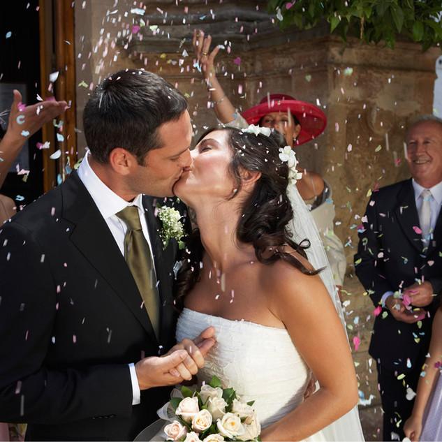 Políbit nevěstu