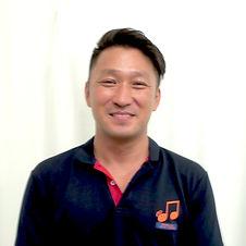 staffMaru.JPG