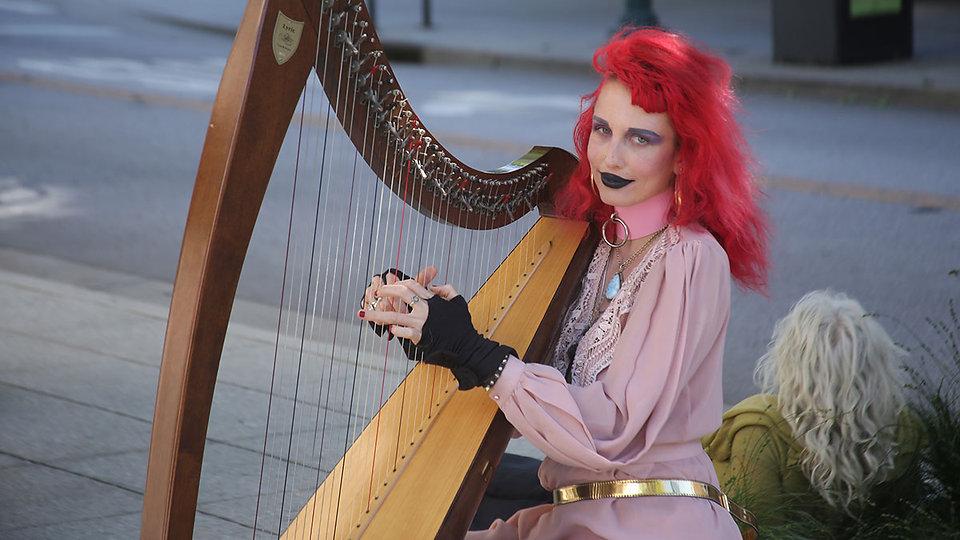harp-lady.jpg