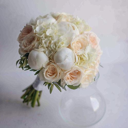 Букет невесты из пионов, роз и пионовидных роз Вайт Охара