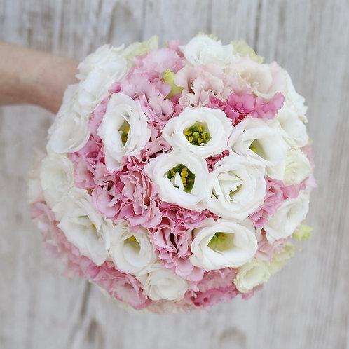 Букет невесты в бело-розовой гамме
