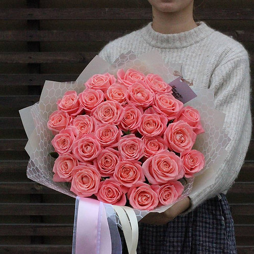 Букет лососевых роз