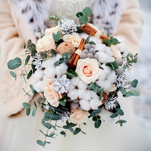 Зимний букет невесты с хлопком и корицей