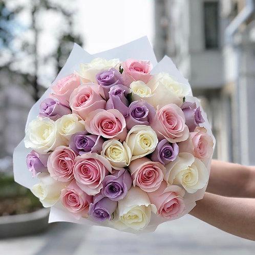 Букет из роз пудровых оттенков