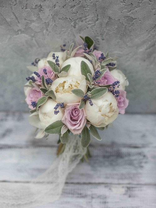 букет невесты из лаванды