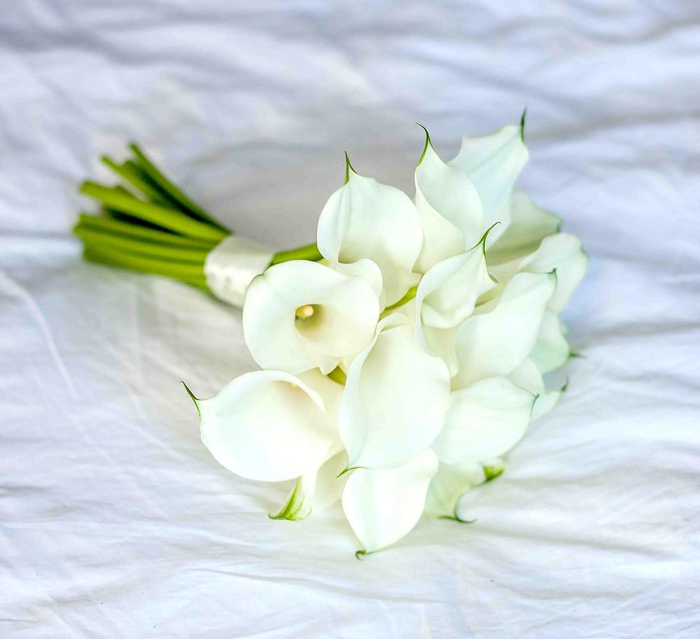 история возникновения и появления свадебного букета из пионов