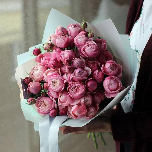 Букет из кустовых пионовидных роз Сильва Пинк