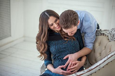 беременная фотосессия с мужем в студии образы
