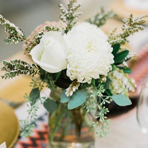 Цветы для столов на свадьбе