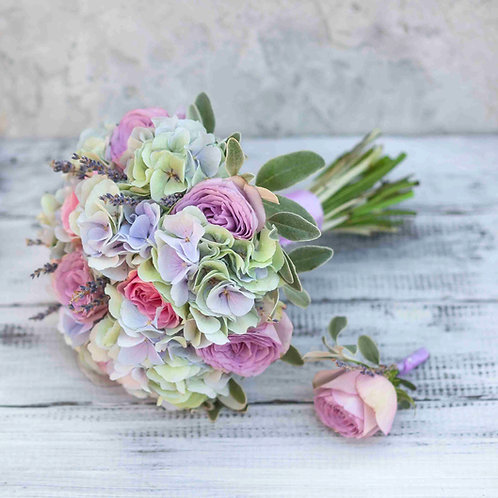 Фиолетовый букет невесты