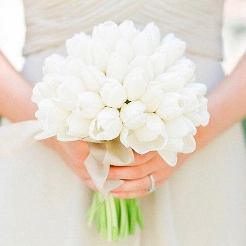 свадебный букет белые тюльпаны