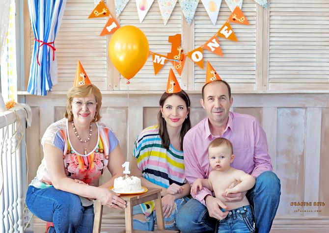 Семейная фотосессия для годовасика