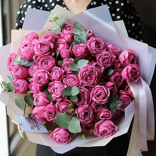 Букет из кустовых пионовидных роз Мисти баблс