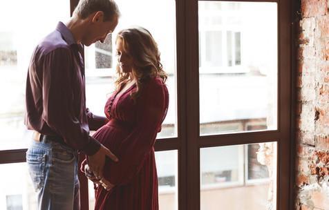 прикольная фотосессия беременных с мужем