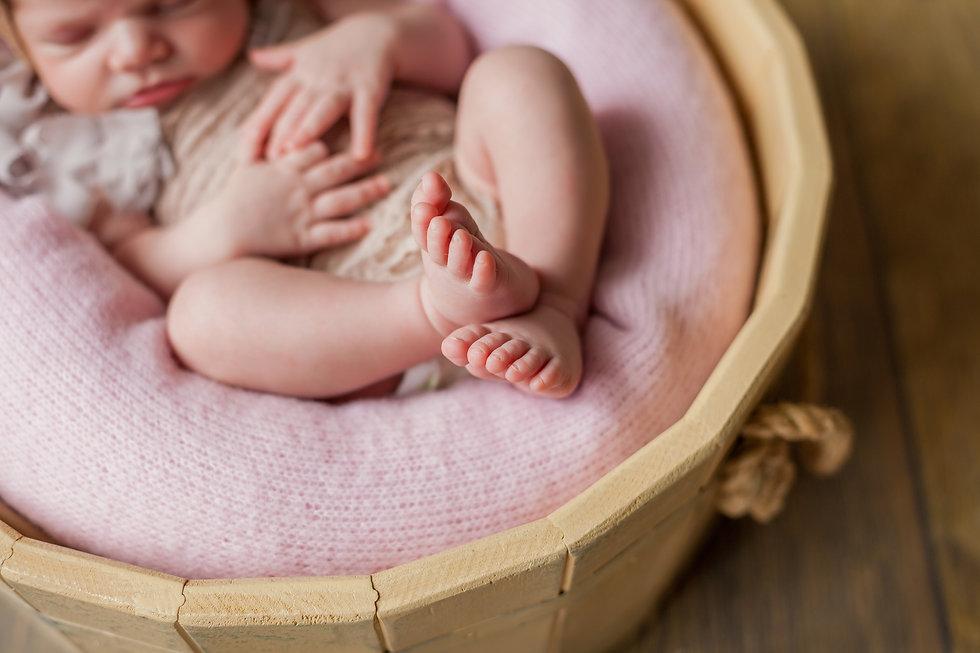 фотосессия новорожденных с выездом на дом