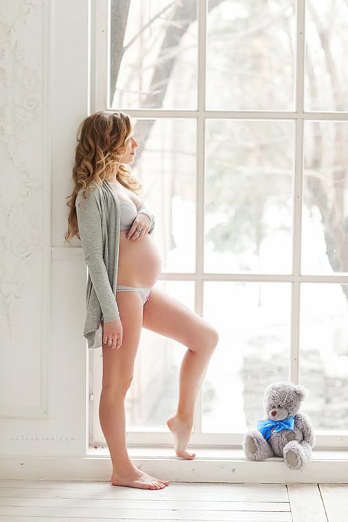 семейная беременная фотосессия в студии