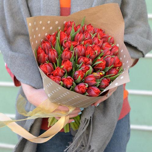 красные тюльпаны букет
