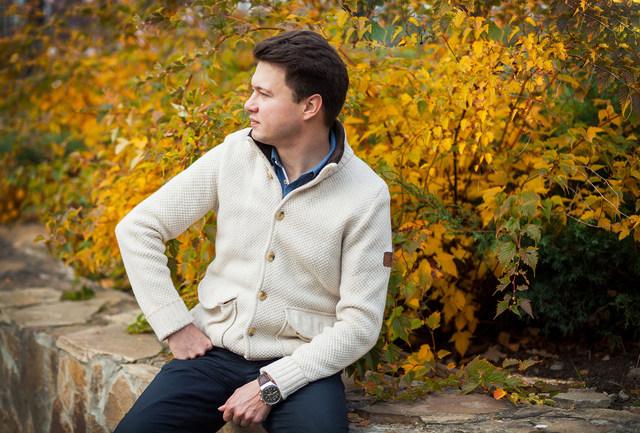 мужская фотосессия на улице зимой