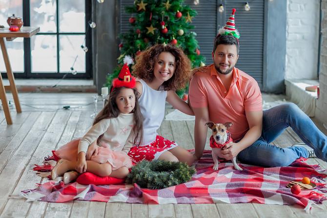 Новогодняя фотосессия семейная на Новой Риге