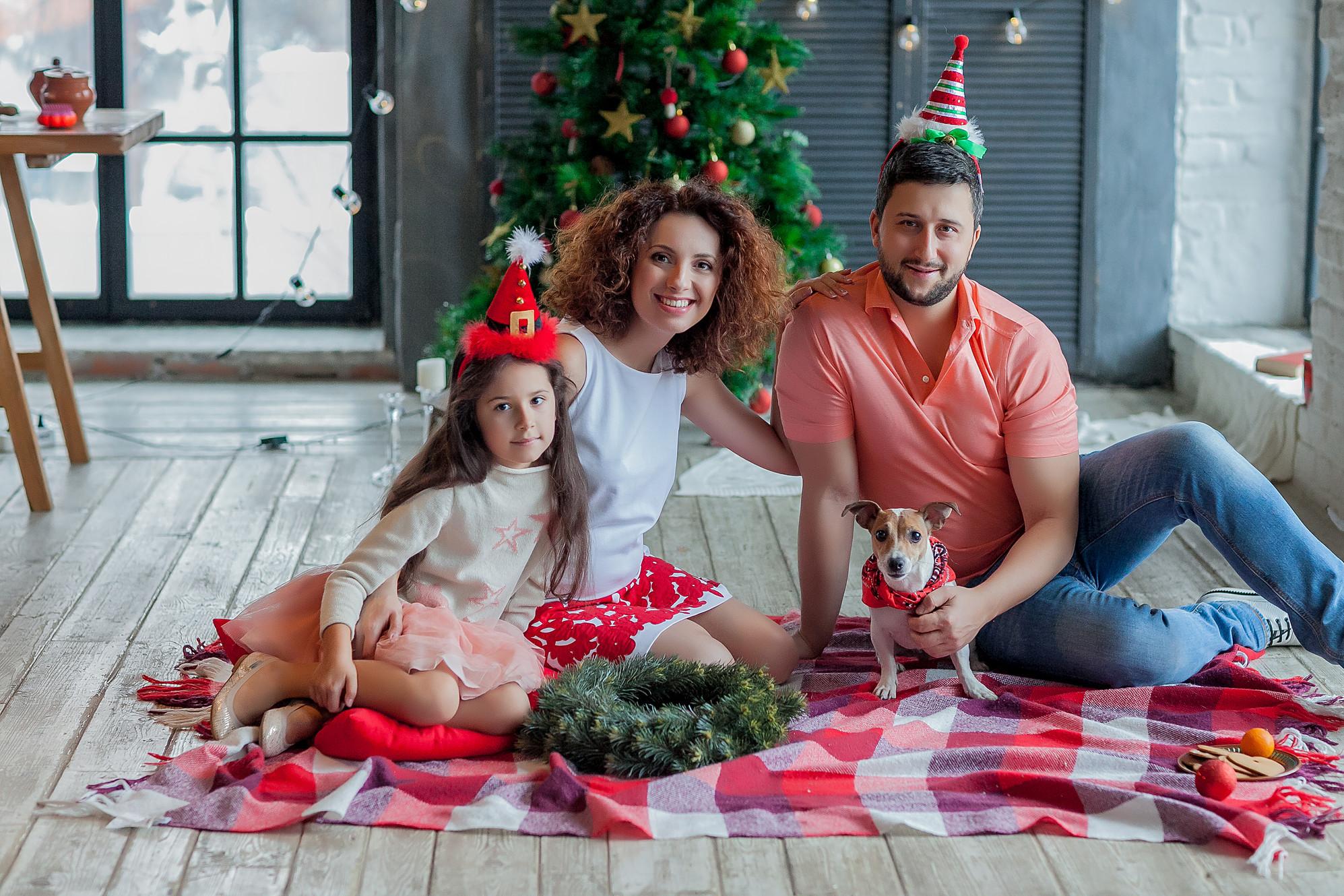 новогодняя фотосессия идеи для семьи фото год