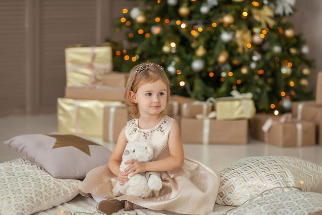 семейная новогодняя фотосессия с ребенком