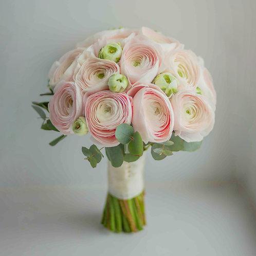 Букет невесты из розовых ранункулюсов