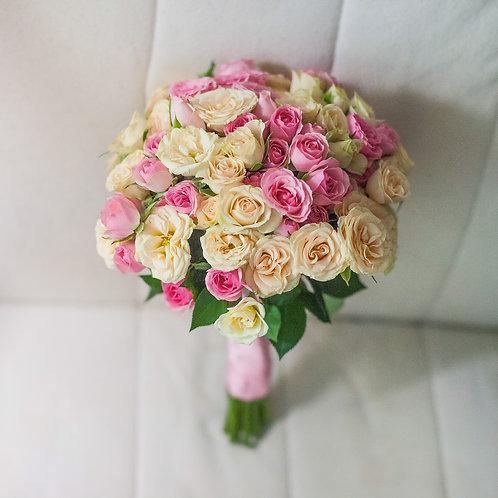 букет невесты розовый