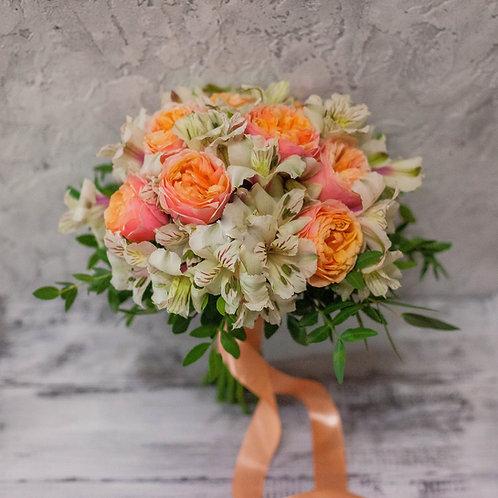 Осенний букет невесты из пионовидных роз