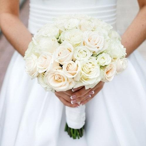 Свадебный букет в кремовой гамме