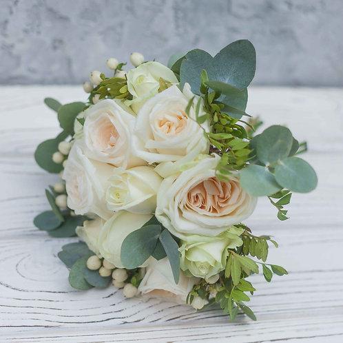 букет невесты пионовидные розы