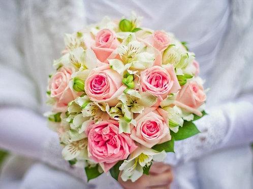 Букет невесты из роз и астрольмерии