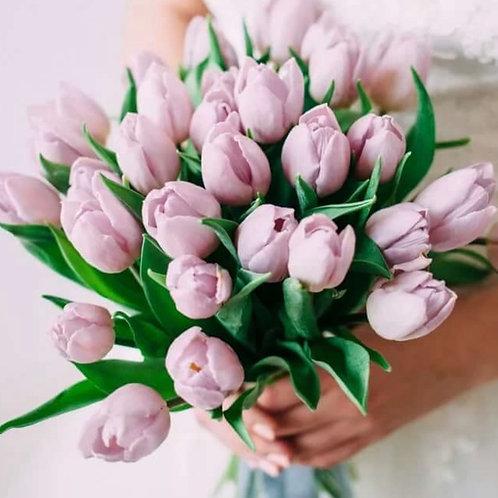 Букет невесты из розовых тюльпанов
