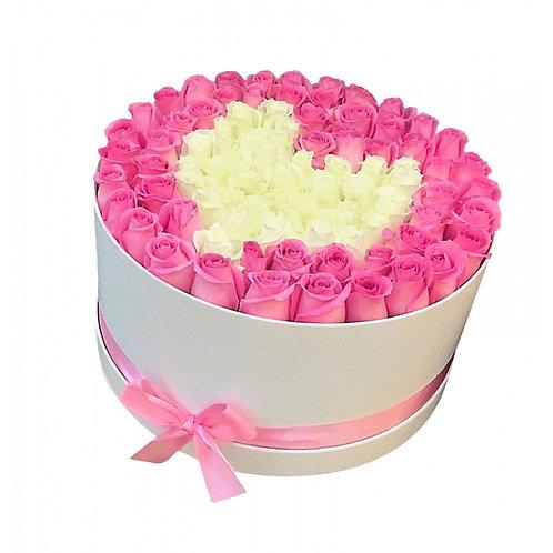 розовые и белые розы сердцем