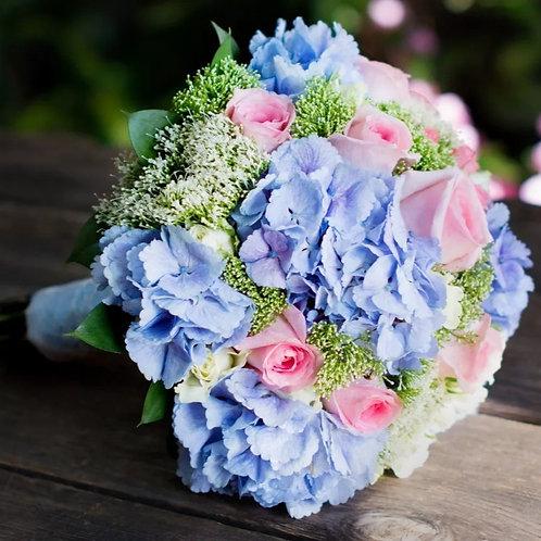 Копия Букет невесты из гортензии и роз