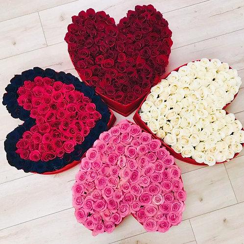 розы в коробке сердце