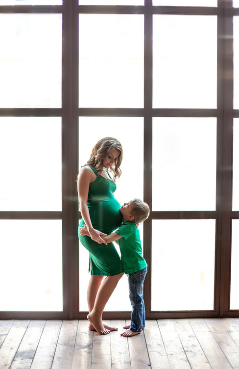 идеи фотосессии беременной ребенком