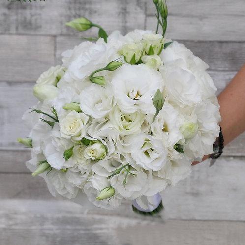Букет невесты в белой гамме