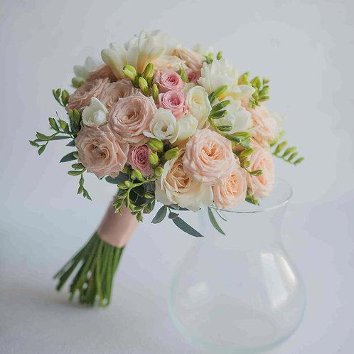 Нюдовый свадебный букет