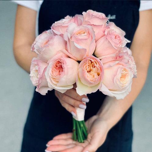 Букет невесты с пионовидными розами Кейра