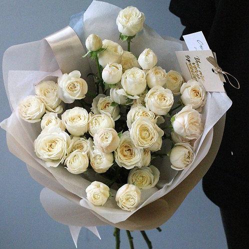 Букет кустовых роз Мисс Бомбастик