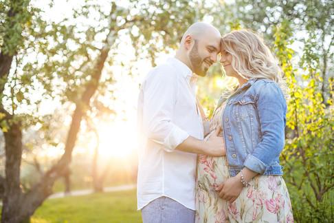 необычные фотосессии беременных с мужем на природе