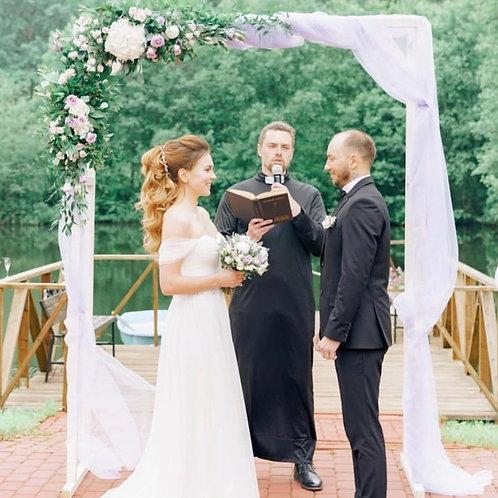 Цветочная арка на свадьбу из живых цветов