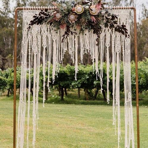 Цветочная арка на свадьбу в стиле бохо